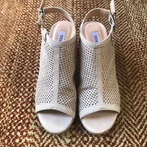 Steve Madden sandals 👡